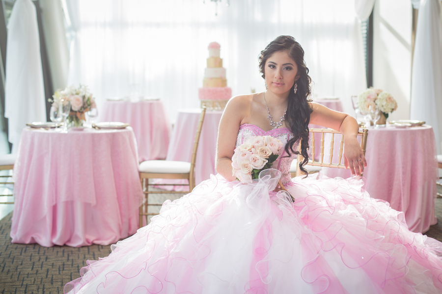Soft_and_Feminine_Quinceanera_Inspiration_CandyAcostaPhotography_OccasionsOnline_071