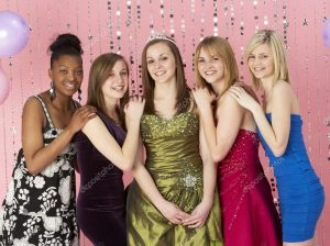 depositphotos_4795198-Group-Of-Teenage-Friends-Dressed-For-Prom